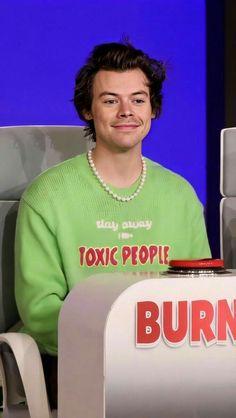 Harry Styles Baby, Harry Styles Pictures, Harry Styles Imagines, Harry Edward Styles, Pretty Boys, Cute Boys, Bae, Harry 1d, Harry Styles Wallpaper
