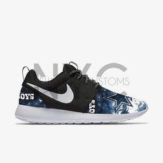 1608d06301 Dallas Cowboys Grunge Nike Roshe V5 blanco una edición personalizada hombres  mujeres y niños Zapatillas y