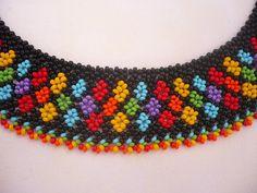 Gargantilla con cuentas de color de arco iris por Evasjewelery