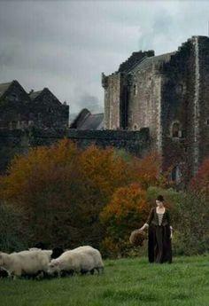 claire beauchamp, castle leoch