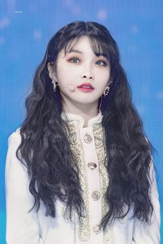 dedicated to female kpop idols. Kpop Girl Groups, Kpop Girls, Korean Girl, Asian Girl, Pretty People, Beautiful People, Chung Ah, Kim Chanmi, Kim Chungha