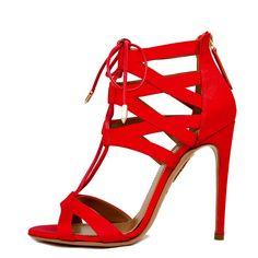 Total looks en rojo para invitadas de boda: en raso