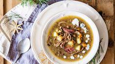 Šošovicová polievka s údeným mäsom: Pokojne ju jedzte teplúčku rovno z hrnca - Pluska.sk Hummus, Ethnic Recipes, Food, Essen, Meals, Yemek, Eten