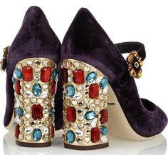 Dolce & Gabbana Vally crystal-embellished velvet pumps