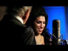 """Tony Bennett & Amy Winehouse - Body And Soul Today would've marked the birthday of the late Amy Winehouse. To commemorate the day, Tony Bennett released the video to their duet """"Body and Soul,"""" and her family launched a foundation in her name. Tony Bennett Duets, Good Music, My Music, Billy Holiday, Trailer Peliculas, Nostalgia, Cinema, My Favorite Music, Movies"""