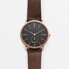 The refined Hagen has a soft leather strap and stainless steel case. On the minimalist dial, a sub-second timer keeps track of seconds. The smooth lines of the profile echo the endless horizon line of Skagen.