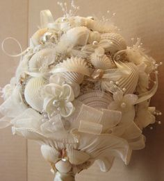 BRIDAL BOUQUET SEASHELL Bouquet Beach Wedding by OHONEFINEDAY