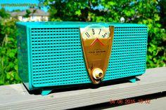 AQUAMARINE Twin Speaker Retro Vintage 1959 Philco Model E-816-124 AM Tube Radio Totally Restored!