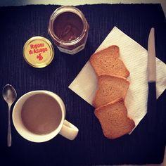 Coffee, toast, and Nocciolata – the essentials for a perfect morning breakfast! Photo Credit: Eleonora Sormani
