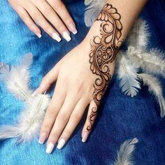 Mehndi Tattoo, Henna Tattoo Designs, Mehndi Art, Henna Mehndi, Henna Art, Hand Henna, Pakistani Henna Designs, Wedding Mehndi Designs, Henna Designs Easy