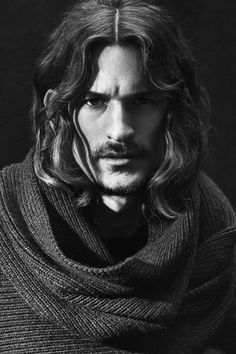 Male Models - Campaigns, Catwalk, Pictures