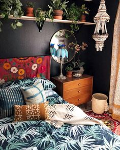 Warm Bedroom Ideas 6929150583 Fun and cozy images to create a captivating diy home decor bedroom Easy Bedroom decor ideas shared on this imaginative day 20190410 Bohemian Bedroom Design, Boho Bedroom Decor, Bedroom Ideas, Bohemian Decor, Bedroom Colors, Trendy Bedroom, Bohemian Bedrooms, Bedroom Designs, Loft Bedrooms