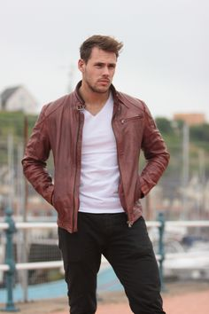 The Jazz brown leather jacket a classic, stylish coat for any man who likes to be seen. Beautifully tailored to create an attractive shape with a warm tone that finishes off the look perfectly. Both practical and stylish, Jazz features a subtle yet convenient zip chest and side pockets to keep all your belongings close at hand. All our leather jackets are tailored to fit you! #fashion #style #leather #jacket #Urban #Street #StreetStyle #streetwear #streetfashion