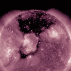 BREAKING: NASA Finds HUGE CORONAL HOLE Open Up On Our Sun – Voice Of People Today