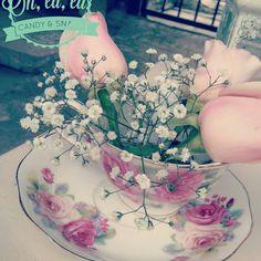 #dessertbar #shabbychic #lavidaesunhermososueño #teatime #rosas #nube #decoration #flowers