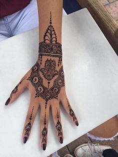 Imagem de henna, tattoo, and nails