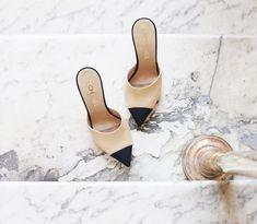 Chanel shoes Chanel Shoes, Chanel Pearls, Chanel Chanel, Shoe Boots, Shoe  Bag ffa9d040012