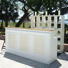 Events is a full service Event Planning and Rental company. Bar Mobile, Mobile Cocktail Bar, Bar Hire, Portable Bar, Pop Up Bar, European Home Decor, Festa Party, Diy Bar, Raised Panel