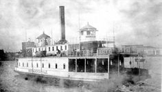 The ferry to South Jacksonville across the St. Johns River, circa 1910.