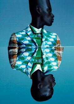 Afrika Grafika / christian stroble's edit for the japanese fashion magazine: commons and sense - via LB Kitenge, African Print Fashion, Fashion Prints, Julia Noni, Style Bleu, Men's Style, Non Plus Ultra, Style Ethnique, Contemporary Photographers