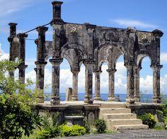 AMED TOUR BALI: Water Palace ( Taman Ujung)
