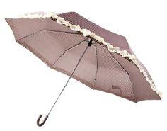 Deze paraplu is inklapbaar en heeft een handzaam formaat om mee te nemen in je tas.  Paraplu met stipjes Prijs: € 7,50