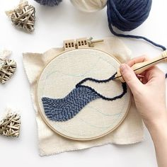Working on my punch needle e-book today and this is the hoop wall hanging you'll be learning to make in it!   #punchneedle #oxfordpunchneedle #embroidery #modernembroidery