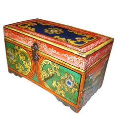 Wooden Painted Box - Old Famous