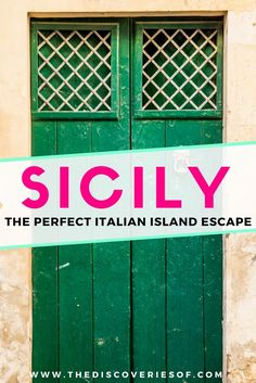Time to travel to Sicily! This island in Italy is full of hidden treasures to explore - not forgetting some beach time and the great food. Your guide to the best things to do in Sicily. Discover Catania, Taormina, Palermo. Read now. #italy #travel