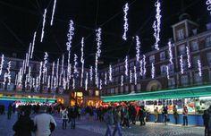 http://guias-viajar.com/madrid/ Luces de Navidad 2013 en plaza Mayor de Madrid