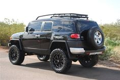 2008 Toyota FJ Cruiser Base Trim - Click to see full-size photo viewer