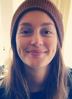 Ungeschminkt: Schauspielerin Leighton Meester hat gut lachen: Sie ist auch ungeschminkt eine echte Schönheit.