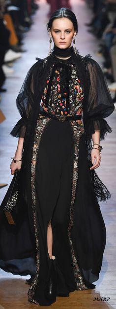 Elie Saab Fall 2018_vogue.com/fashion-show