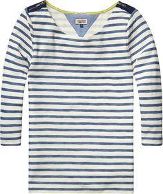 Das lässige T-Shirt Adina von Hilfiger Denim lässt sich trendig mit Jeans im aktuellen Used-Look kombinieren. 100% Baumwolle...