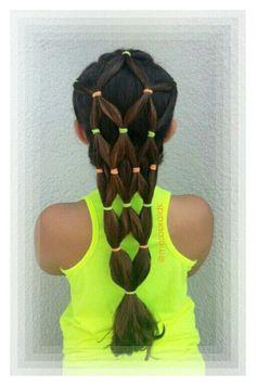 Elastics hairstyle. . Summer hairdo tutorial