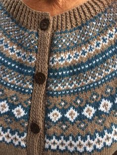V Stitch Crochet, Crochet Shawl Free, Crochet Mittens, Free Knitting, Crochet Top, Knit Beanie Pattern, Mittens Pattern, Crochet Pattern, Free Pattern