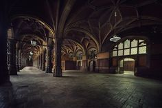 abandoned Chambre du Commerce (explore)
