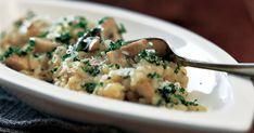 Svampe og ost er fulde af umami (den 5. grundsmag). Det giver velsmag til denne skønne, cremede svamperisotto.