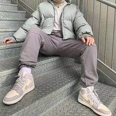 Source by Winter fashion Winter Mode Outfits, Winter Fashion Outfits, Look Fashion, Trendy Outfits, Cool Outfits, Mens Fashion, Urban Fashion Men, Fashion Night, Fashion Hats