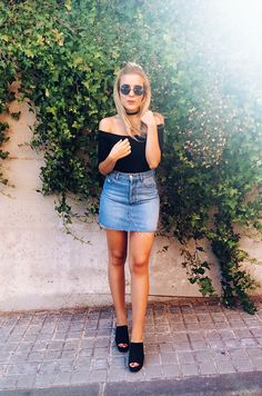 #90s #offtheshoulder #denimskirt #mules #choker #summer #outfit #look #inspiration #street #style #fashionblogger #ootd #wiwt #wiw #whatiwore #whatiworetoday #outfit #outfitoftheday #lookoftheday #ladymandala
