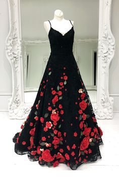 Gorgeous Straps Black Long Prom Dress with Floral