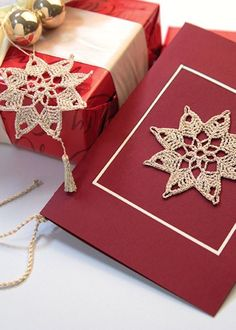 Beautiful stars for Christmas. Crochet Chart, Knit Crochet, Crochet Snowflakes, Holidays And Events, Diy And Crafts, Christmas Crafts, Gift Wrapping, Cross Stitch, Beautiful
