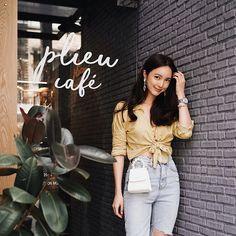 Korean Street Fashion, Korea Fashion, Fashion Line, Daily Fashion, Fashion Looks, Cute Outfits With Jeans, Classy Outfits, Chic Outfits, Summer Outfits