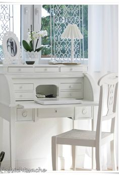 Cottage ● Writing Desk Same wood finish as the armoire
