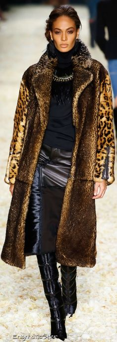 Tom Ford Collections Fall Winter 2015-16