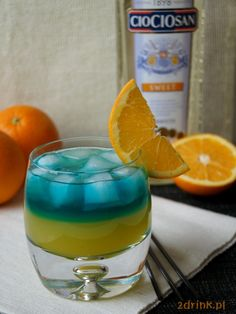 Runaway Train - przepis na drink   2DRINK.PL Runaway Train, Blue Curacao, Running Away, Recipies, Drinks, Recipes, Drinking, Beverages, Drink