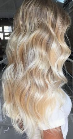 blonde ombre balayage baby highlights for women Blonde Balayage Highlights, Balayage Ombré, Icy Blonde, Brown Blonde Hair, Blonde Color, Baby Blonde Hair, Blonde Balayage Long Hair, Curled Blonde Hair, Highlighted Blonde Hair