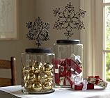 Snowflake Topped Canisters - could spray paint cheap ornaments and h.glue to mason jar. Christmas Love, All Things Christmas, Christmas Holidays, Christmas Ideas, Christmas Goodies, Christmas Inspiration, Holiday Ideas, Merry Christmas, Pickle Jar Crafts