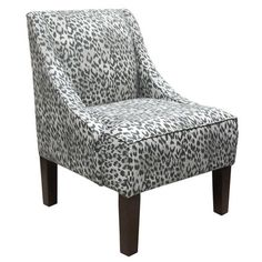 leopard print accent chair. Love!