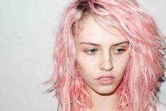 Pastell im Haar oder wider den Konventionen | Nanatique